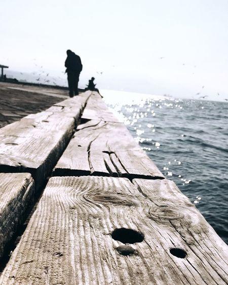 Izmirdeyasam Izmirlife İzmir Alsancak 😊 Izmir Sea Photographer People Sky Beach Horizon Over Water Two People Nature Outdoors Only Men Day Men Water Wave Adult Beauty In Nature Adults Only
