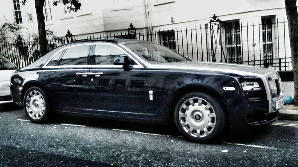 Mode Of Transport Land Vehicle Transportation Car Building Exterior Architecture Street Built Structure Old-fashioned Road Day Stationary Outdoors City Life No People Parked Rolls-Royce Rollsroyceghost London Rolls Royce Ghost in London