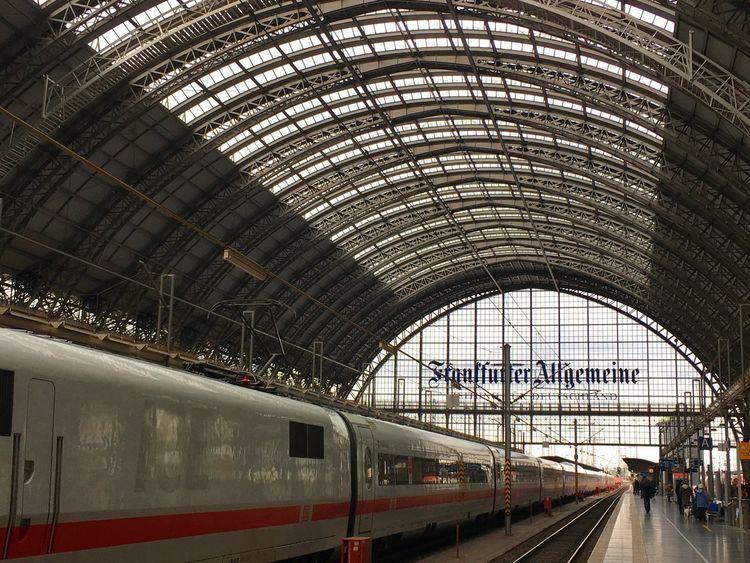 Frankfurt Am Main Frankfurt Hauptbahnhof Station Train Station Train ICE Train Faz Frankfurter Allgemeine Steel Building Fluchtpunkt