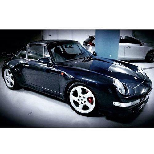 OneLove Porsche Purist 993