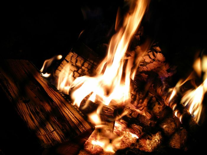 Camping Nofilter#noedit Bonfire Lakeside