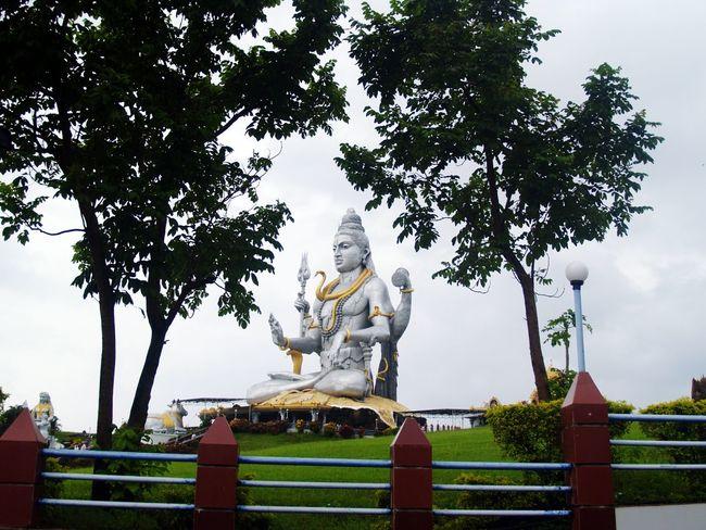 Siva Lord Shiva Big Statue Murdeshwar Karnatkaka India Murdeshwar Human Effort RainyDay