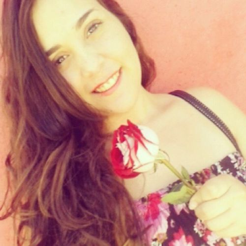 Nada melhor que começar o diaa ganhando uma rosa do meu pai. MelhorPaiDoMundo Todabesta Amoomuitooo