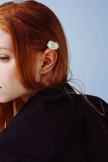 Hairstyle Hair Tenderness Tender Portrait Of A Woman Portrait Woman Women Girls Ginger Gingerhair Ear Close-up Redhead Hairstyle Flower Women Leisure Activity Hair Adult Young Women Human Hair Casual Clothing Nature Close-up Young Adult Indoors  Springtime Decadence