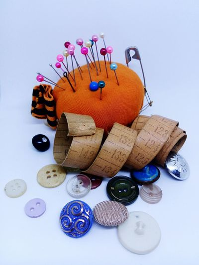 old sewing kit Sewing Multi Colored Old Buttons Needles Metering Rule Group Of Objects LeTv X600 Photobox Lieblingsteil Lieblingsteil