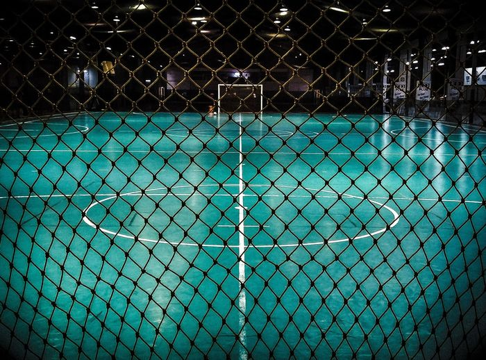 Sport Net - Sports Equipment No People Stadium Close-up Futsal Futsallove Pictures By Me Photographer Photography Likesforlikes Like4like Likes Indoors  Sports Life  Photo♡ Day Green Color Court Ball EyeEmNewHere
