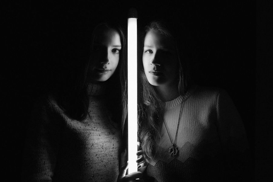 Ph: Valeria Kovtun Model Girl Mystic Magic Light People