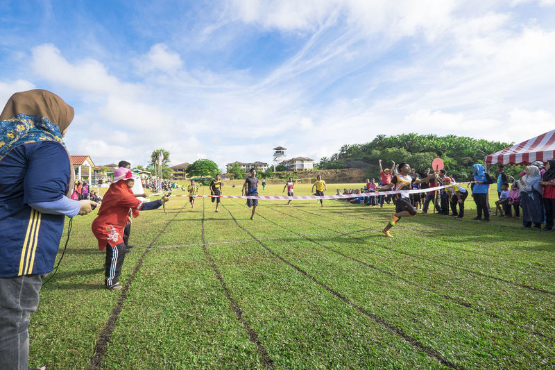 Pahang, Malaysia - 01 Sep 2018 : track and field competition in school sport day 100m Running School Sports Track And Field Cloud - Sky Day Editorial  Grass Olahraga Outdoors School Sky Sport Sport Days Sports Sukan Sukan Tahunan Sukaneka Track And Field Athlete Track Event Treck