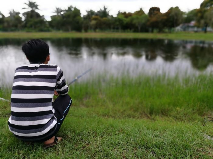 Deep into the nature.. Teenager Outdoor Photography Lifestyles Lake Beauty In Nature Peaceful Evening Peace Of Mind Stressed Out...