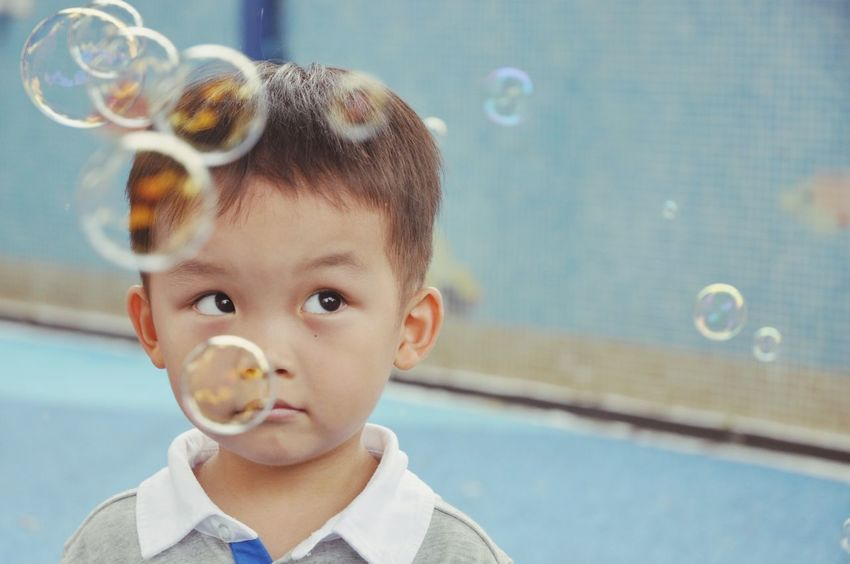 Must children like bubbles? Real People Childhood Headshot Boys One Person Leisure Activity Portrait Close-up Indoors  Bubble Wand Day Bubbles Boy Child Photography Children Photography