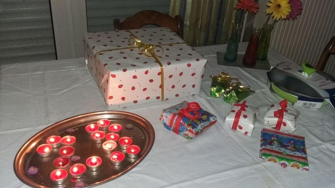 What a Surprise Party Tollenachträglichegeburtstagsgeschenkchen Birthday Birthday Present Presents Bday!