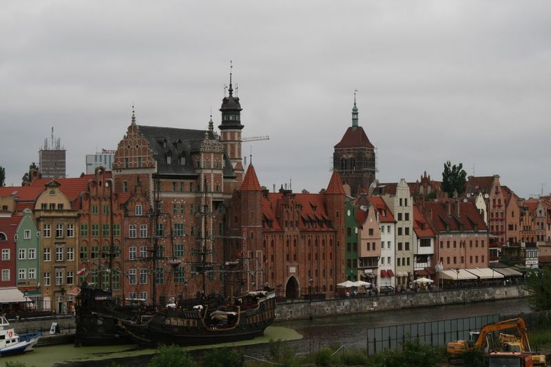 Architecture Building Exterior Built Structure City Cloud - Sky Day Nature Nautical Vessel No People Outdoors Sky Transportation Travel Destinations Water Danzig, Poland Gdansk, Poland Schiff Poland Poland 💗 Poland Gdańsk Historical Building History Architecture Historic Building