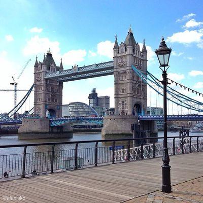 Tower Bridge on #sunny day ???☀#alan_in_london #gf_uk #gang_family #igers_london #insta_london #london_only #thisislondon #ic_cities #ic_cities_london #ig_england #love_london #gi_uk #ig_london #londonpop #towerbridgelove #towerbridge Thisislondon Gi_uk Igers_london Ig_england Love_london Sunny Ic_cities_london Gang_family Ig_london Towerbridge Aauk Londonpop London_only Ic_cities Gf_uk Alan_in_london Insta_london Towerbridgelove