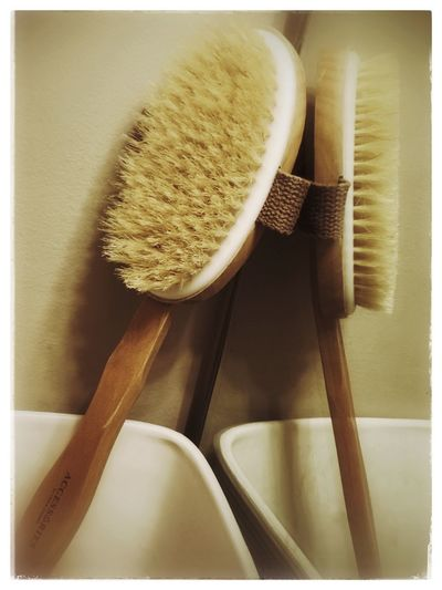 Bath brush.