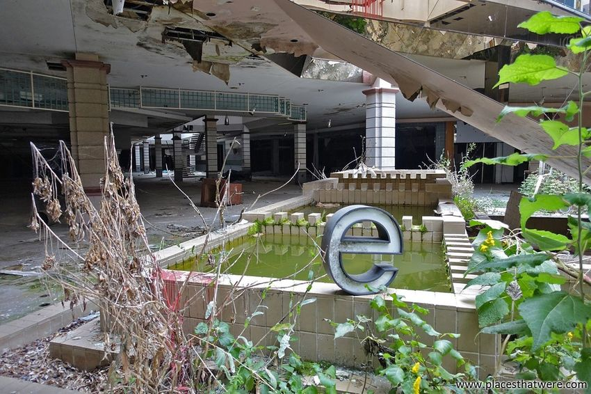 This photo was brought to you by the letter e. More from Rolling Acres Dead Mall here: http://www.placesthatwere.com/2017/07/rolling-acres-dead-mall.html E Abandoned Mall Flooded Abandoned Places Abandoned Abandoned Buildings Abandoned & Derelict Dead Mall Creepy Dead Malls Rust Belt Akron Ohio Rolling Acres Urban Exploration Mall Urbex Urban Decay Abandoned Building Jcpenney Store Architecture Retail  Water Damage Ruins Akron
