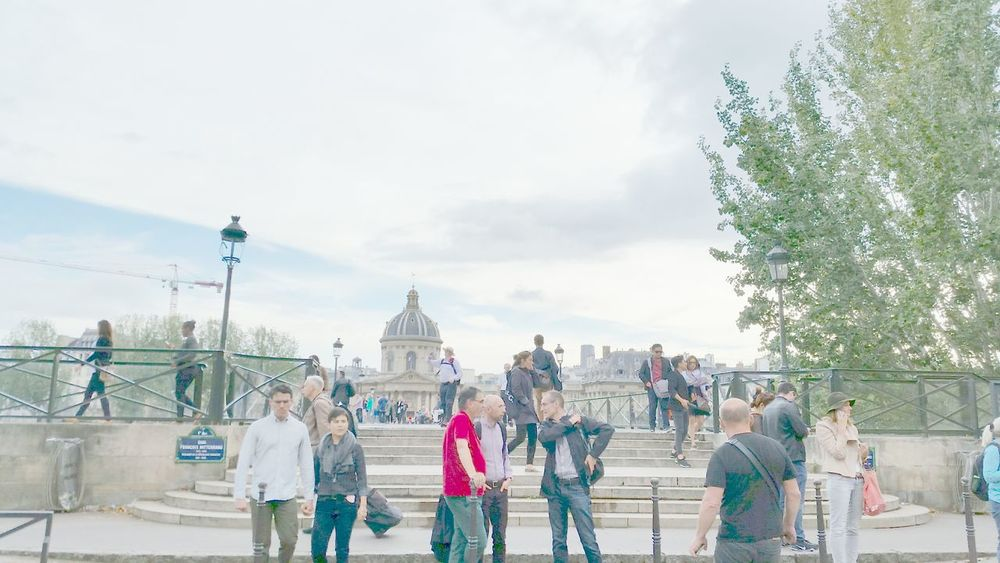 Person Tourism Travel Destinations Tourist Large Group Of People Lifestyles Architecture Medium Group Of People Bridge - Man Made Structure History Samsung Galaxy S5 Capture The Moment Battle Of The Cities Paris ❤ Paris France 🇫🇷 From My Point Of View My Love ❤