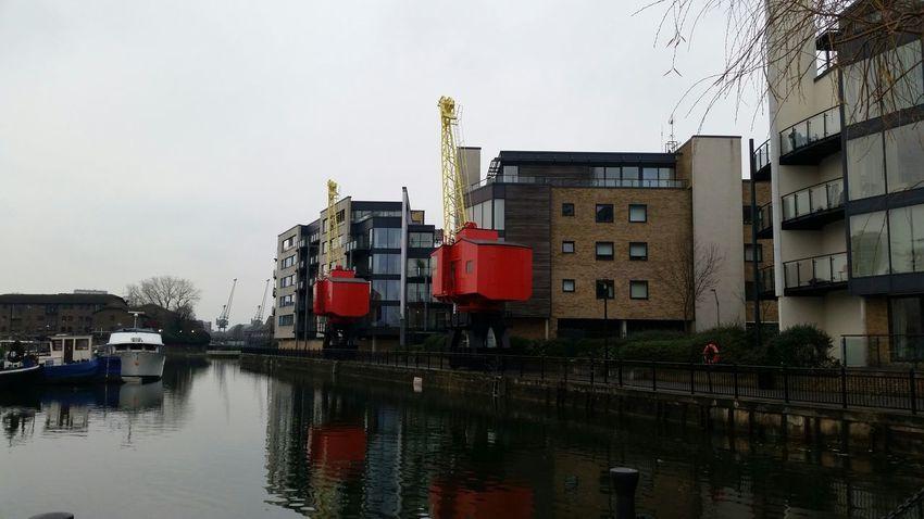 Poplar Dock Water Reflections Water London Eastlondon Docklands Cranes
