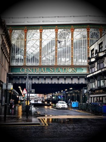 Glasgow central station 🚊 🏴󠁧󠁢󠁳󠁣󠁴󠁿 Architecture Built Structure Day Real People City Indoors