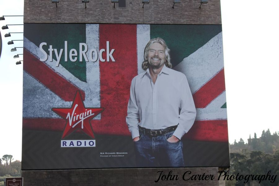 RICHARD BRANSON Advertising Advertising Photography Advertisingphotography Canon700D Canon700dphoto Canonphotography EyeEm Italia Italy❤️ Music Musica Publicity Radio Richard Street Photography Streetphoto_color Streetphotography Virgin Radio