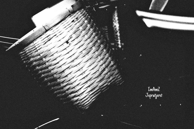 Basket Streetphotography Fujixa1 Cold Temperature Japan Outdoors Traditional Craft Handycraft