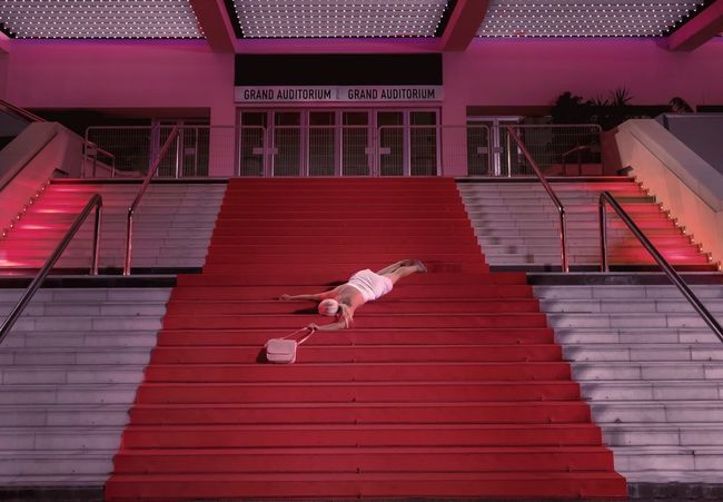 - THE GLAMOROUS LIFE AND PROSECCO FOR FREE - Red Portrait Of A Woman Portrait Check This Out Overdose Procecco Red Carpet Cannes Glamorous  Staircase Architecture Steps And Staircases Built Structure Sport Text No People Building Exterior Outdoors Full Length High Angle View
