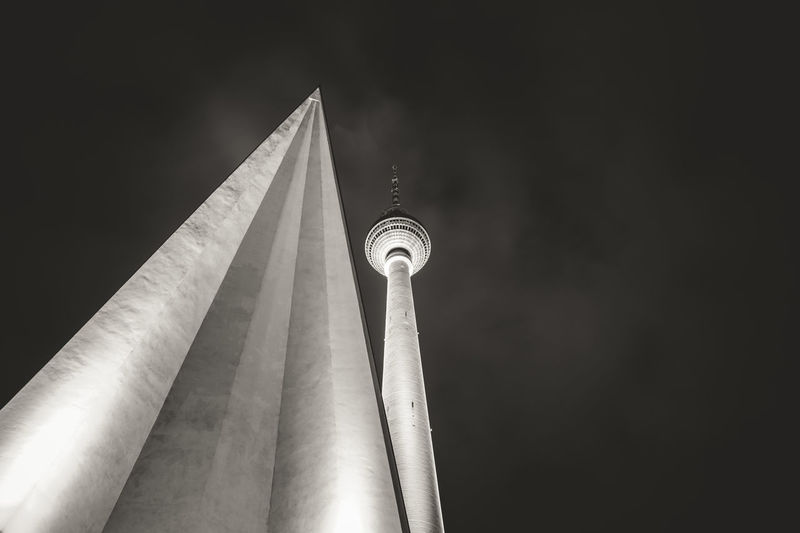 Telespargel Nightphotography Fernsehturm Berlin  Citytrip Your Design Story