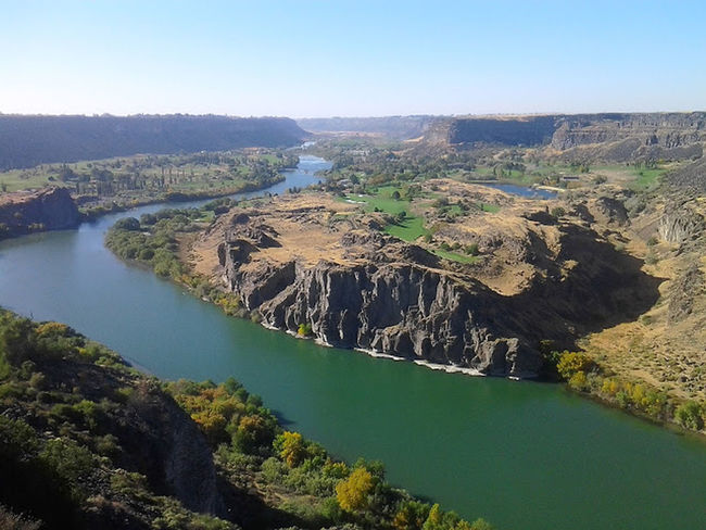 Snake River River Riverscape Water Waterscape Waterfront Natural Landscape Outdoors Beauty In Nature Day Scenics Adventure Seeing What We Could See Loving Nature Natural Condition Natural Art  Life Is Beautiful Nature Daytime Photography Beauty In Nature Life