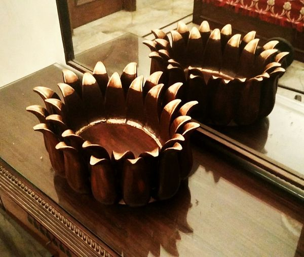 The Wooden Lotus! Table Lotus Flower Wooden Wood Paint Homedecor Homedesign Art Design Indoorarchitacture Flowers Table Decoration