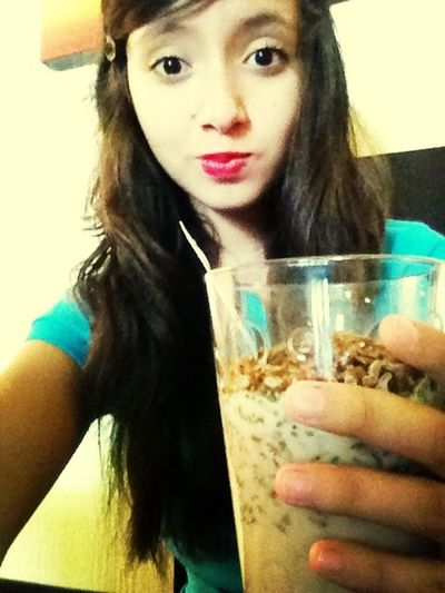 Desayunando cereal pal' face