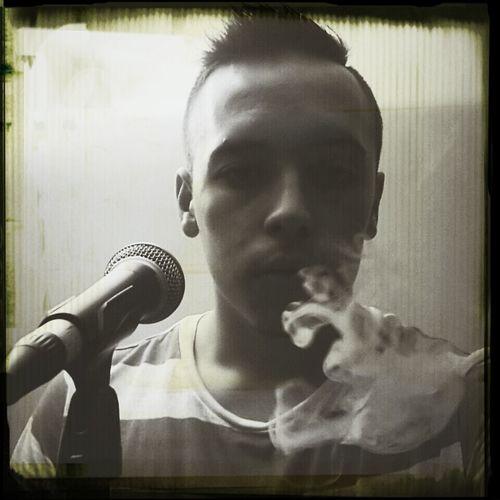 I fly solo Wiz Khalifa