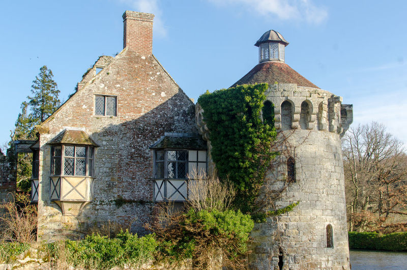 The old castle at Scotney, Lamberhurst, Kent Kent Scotney Scotney Castle Scotney Castle, Kent UK. South East England Architecture Building Exterior Built Structure Day Garden Of England History House Lamberhurst Nature No People Outdoors Sky Tree