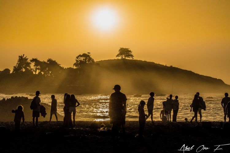 Sky Sunset Real People Nature Large Group Of People Lifestyles Outdoors Beauty In Nature Sea Men Beach Scenics Water Sand Sun Togetherness Day Zapallar