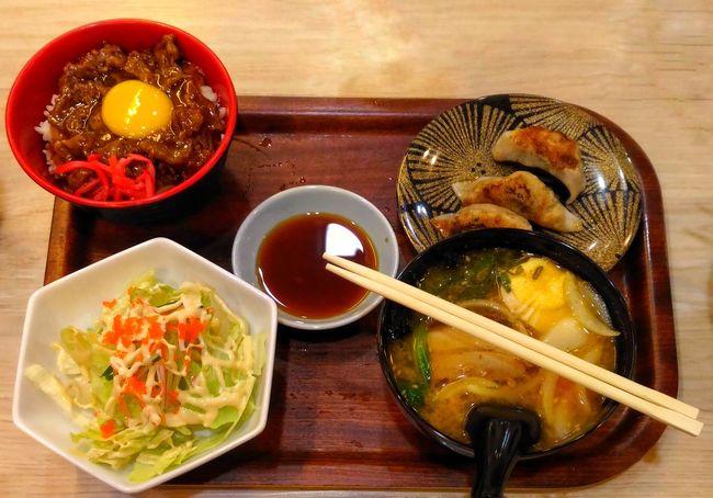 Belly stuff. Belly Stuff Asian Cuisine Asian Food Japanese Food Table Food Chopsticks Ramentime🍜 Yummy♡ YumYum Japanese Food Itadakimasu