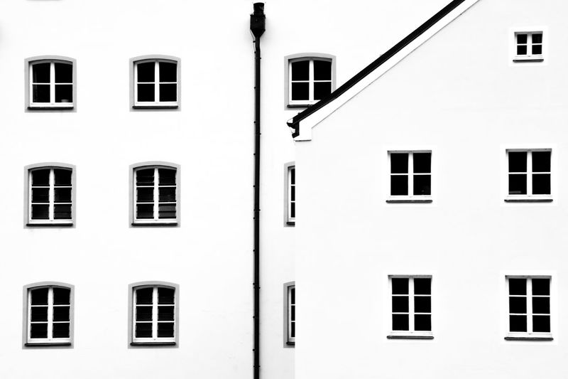 Window Building Exterior Built Structure Architecture Full Frame Backgrounds The Architect - 2018 EyeEm Awards No People Side By Side Residential District Building White Color Repetition Wall - Building Feature Pattern Outdoors City In A Row