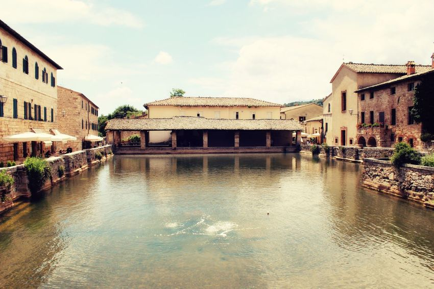 Bagno Vignoni, the square is a spa hot pool Architecture Bestoftheday Building Building Exterior Built Structure EyeEm Best Shots EyeEm Gallery Idyll Idyllic Italy Outdoors Romantic Siena Spa Travel Destinations Tuscany Water Water Reflections Waterfront