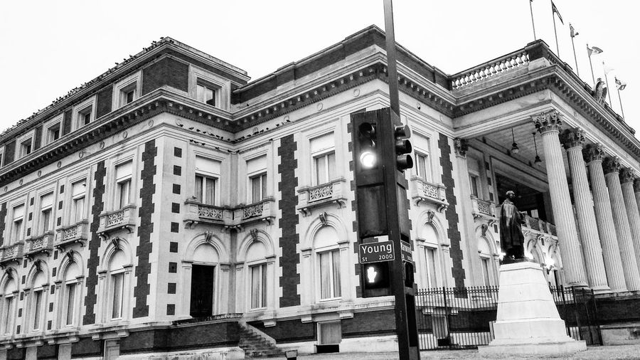 The Scottish Rite Library. Scottish Rite Library Building Exterior Blackandwhite Photography Streetphotography Urban Landscape Street Photography Street Signs Stoplight Architecture Intersection Downtown Taking Photos Dallas