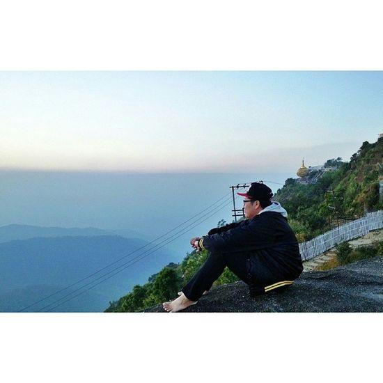 ဘဝရဲ႕နိဗၺာန္ Kyaikhteeyoe Pagoda Goldenrock Myanmar igersmyanmar nofilter throwbackthursday tbt