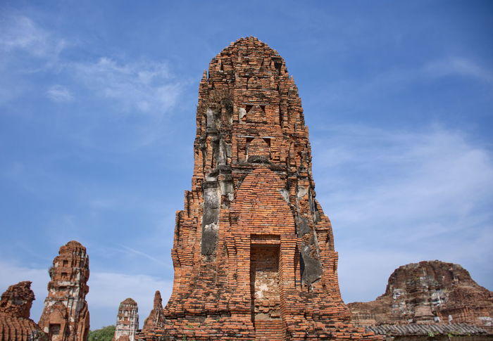 Ancient Temple Architecture Ayutthaya Thailand Ancient Ancient Civilization Archaeology Architecture Bad Condition Building Exterior Built Structure Cloud - Sky Day History No People Old Ruin Outdoors Place Of Worship Religion Sky Spirituality The Past Travel Travel Destinations Watmahathat