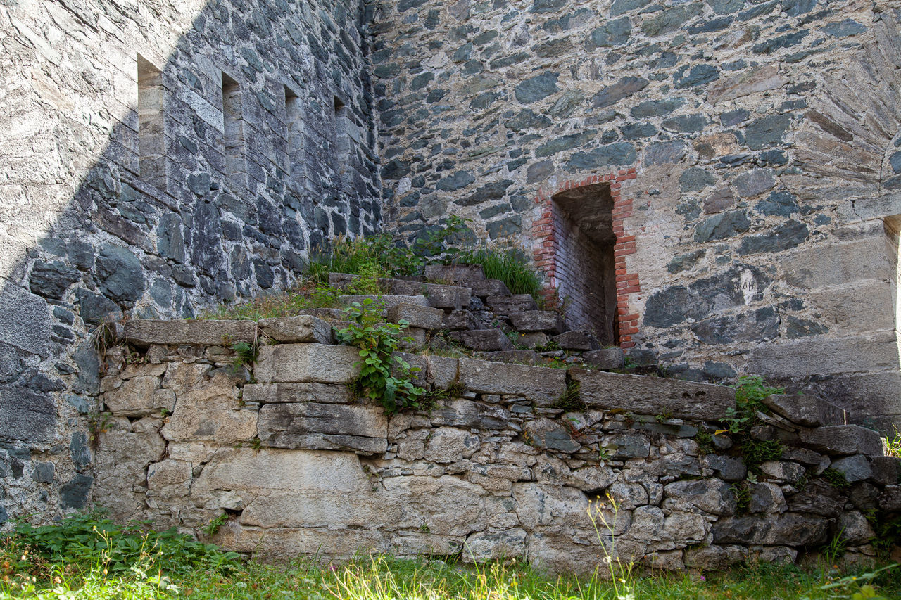 STONE WALL OF OLD RUIN