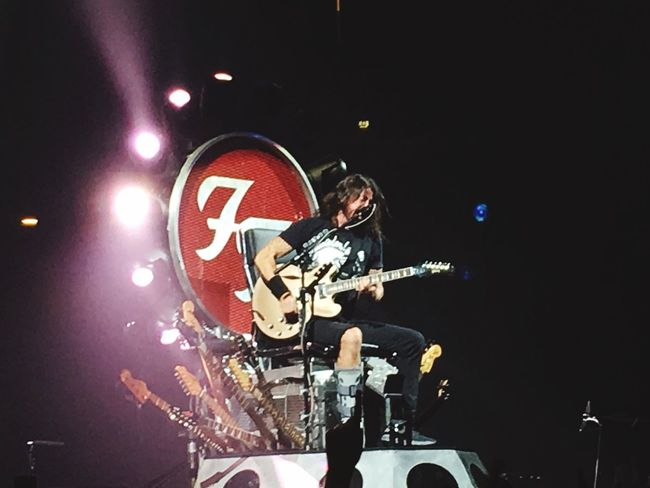 FooFighters Concert Concert Photography Concerts FooFighters❤❤❤ Tour Davegrohl Brokenleg