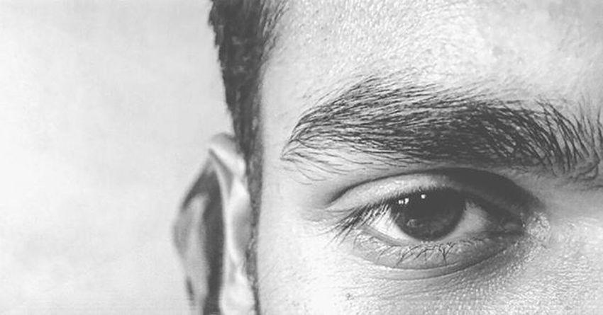 Look into my eyes can you feel me, feel me from inside. Love Lovehiseyes Look Eye Bestfriend Feel Feelngs Mystery Theeye Stranger Strange Strangeeyes Photography Blackandwhite