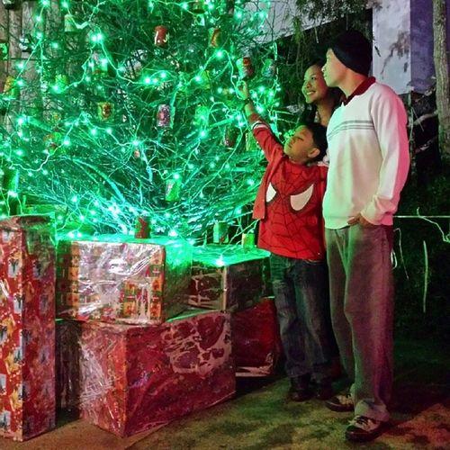 Familybonding Baguiocountryclub Christmasvillage Christmastree happybirthday