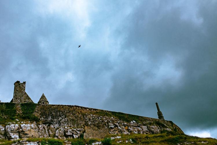 Cashel Cemetery Grave Graveyard Ireland Irish Monastery Rock Of Cashel