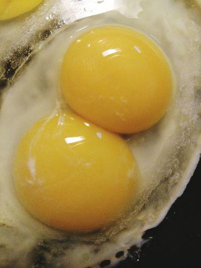 EyeEm Breakfast Club EyeEm Breakfast Gallery Eggs Double Yolk Whats On Your Plate? Breakfast Got Toast? Food Porn Food Photography