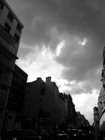 Architecture Building Exterior City Cityscape Sky Day Built Structure Ciel D'orage Nuages Et Ciel Nuages Gris Ciel Et Nuages Cieldeparis Ciel De Paris