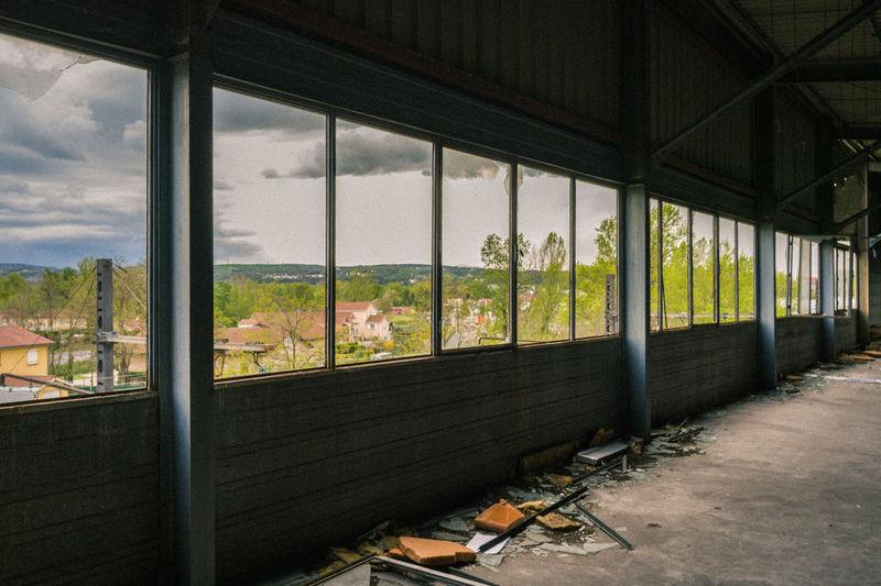 Abandoned Abandoned Buildings Abandoned Places Absence Broken Window Cloud Cloud - Sky Day Désaffecté Empty Factory Messy No People Order & Chaos Sky Trash Urban Exploration Urbex Urbexphotography Usine Usinedesaffectee Window