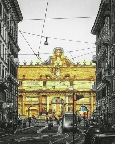 Piazza Della Popolo Popolo Piazza Piazza Rome Roma Italy Italia Photobydperry Streetphotography Street Photography Street Train Tracks Train Thearchitect-2016-eyeemawards Moving Around Rome