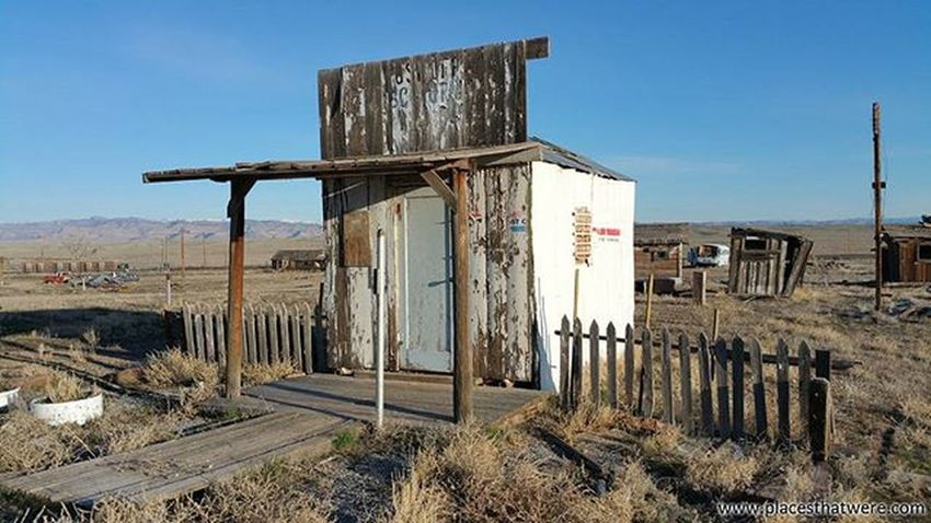 Tiny post office in Cisco, Utah ghost town Utah Abandoned Urbanexploration Urbex Abandonedplaces Cisco Picoftheday Abandonedutah Abandonedamerica Ciscoutah Antique Ghosttown Photography Amazingplaces Usps Postoffice Ghosttowns Abandonedbuildings Abandonedbuilding Utahghosttown