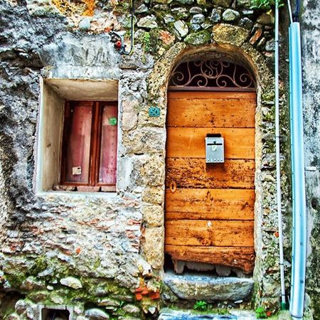 Porta Finestra Scorcio Francia Streetphotography Nikon Nikonworld_ Ig_france Instalike Igers