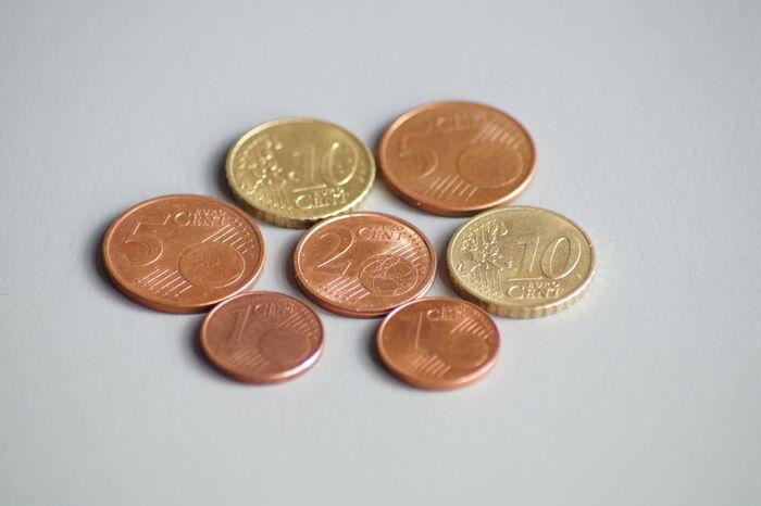 mindestlohn deutschland 8,84 euro 34 34cent 8,84euro Arbeitgeber Arbeitnehmer Arbeitslohn Coins Deutschland Euro Europe Geld Germany Mindestlohn Money